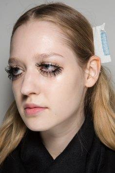 thomas-tait-spring-2016-beauty-fashion-show-the-impression-13