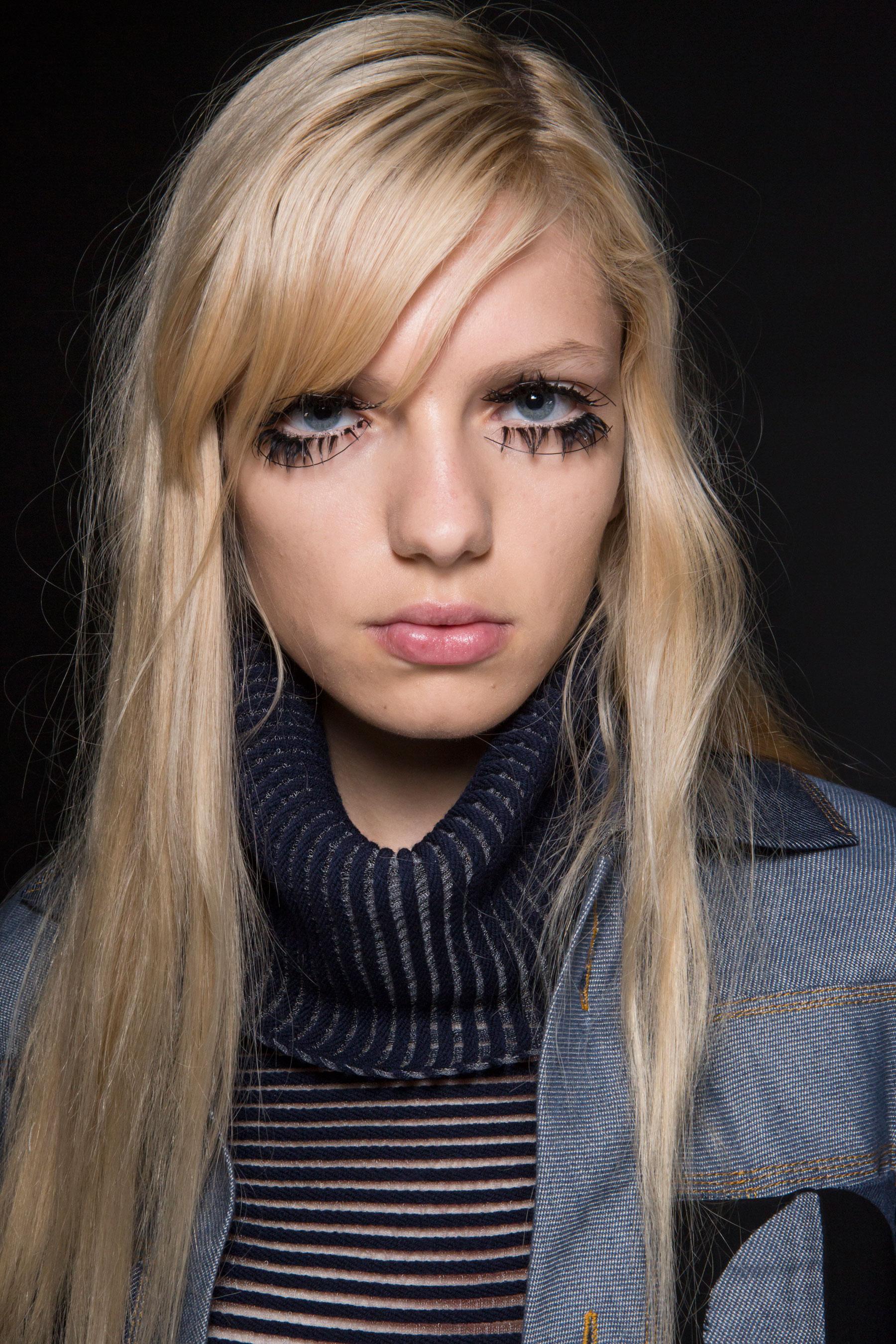 thomas-tait-spring-2016-beauty-fashion-show-the-impression-42