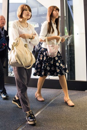 tokyo-street-style-day-1-spring-2016-the-impression-085