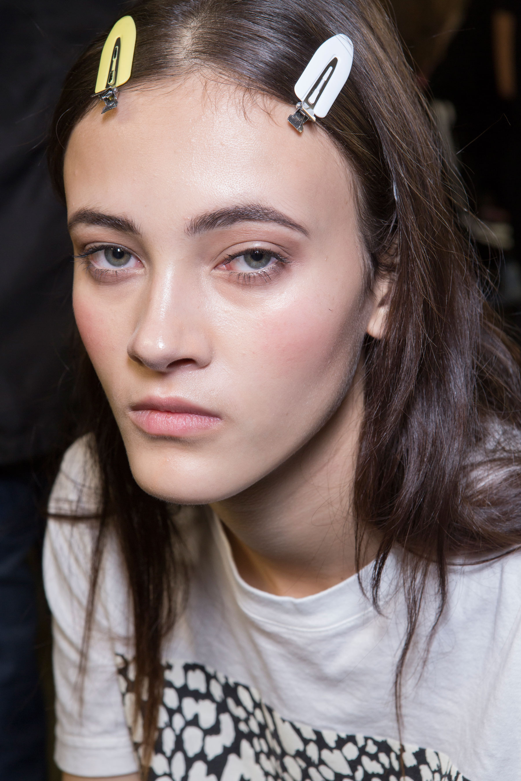 versace-backstage-beauty-spring-2016-fashion-show-the-impression-044