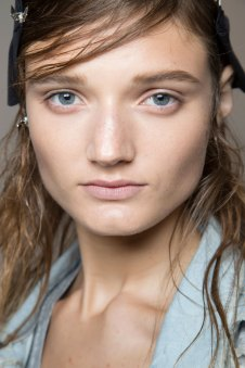 wes-gordon-backstage-beauty-spring-2016-fashion-show-the-impression-04