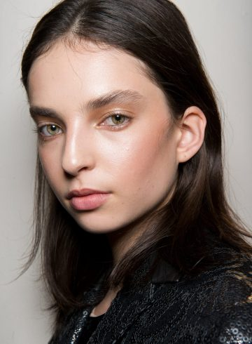 Valentin Yudashkin Fall 2017 Fashion Show Backstage Beauty