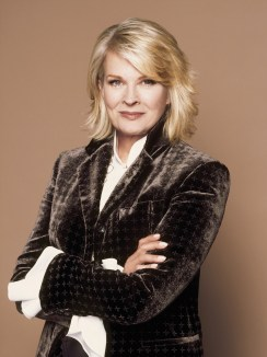 Candice Bergen as Shirley Schmidt