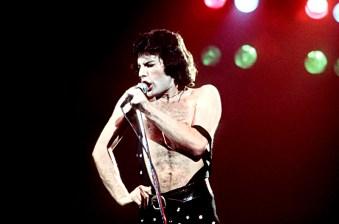 Freddie Mercury Stage 1977