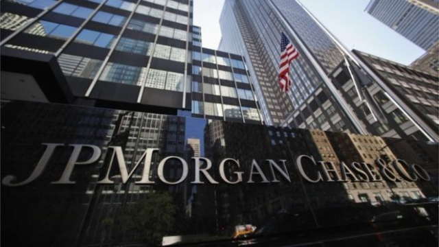 JPMorgan posts record profit as banks benefit from tax law