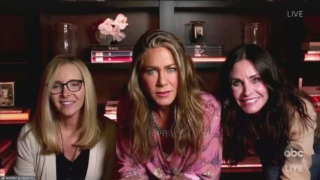 in image Jennifer Aniston, Courtney Cox and Lisa Kudrow from emmys 2020 video call moment as a friends reunion