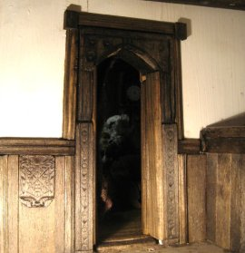 theinfill - Medieval to Jacobean dolls' house blog - making many out of one - dividing a room space