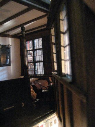 theinfill Medieval, Tudor, Jacobean 1:12 dolls house blog - through balancing 4th wall towards other window