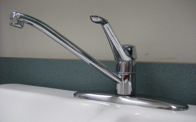https theinfinitekitchen com faq how to install a kitchen sink drain pipe