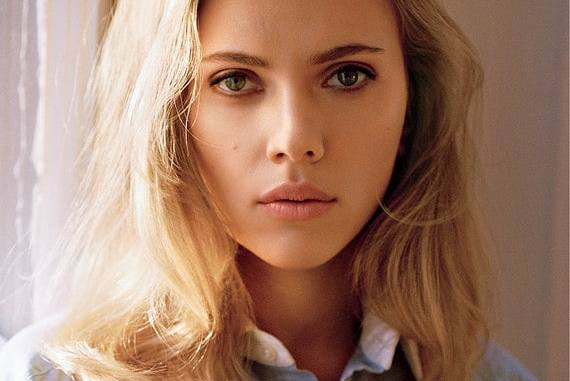 Scarlett Johansson is the top grossing actor of 2016