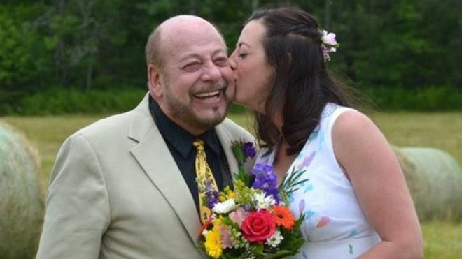 Remove term: Canadian father got struck by lightning at his daughter's wedding Canadian father got struck by lightning at his daughter's wedding