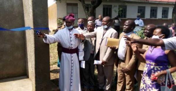 Diocese of Kinkizi Bishop Dan Zoreka Commissions Ugx 183.5 million water project in Kihihi