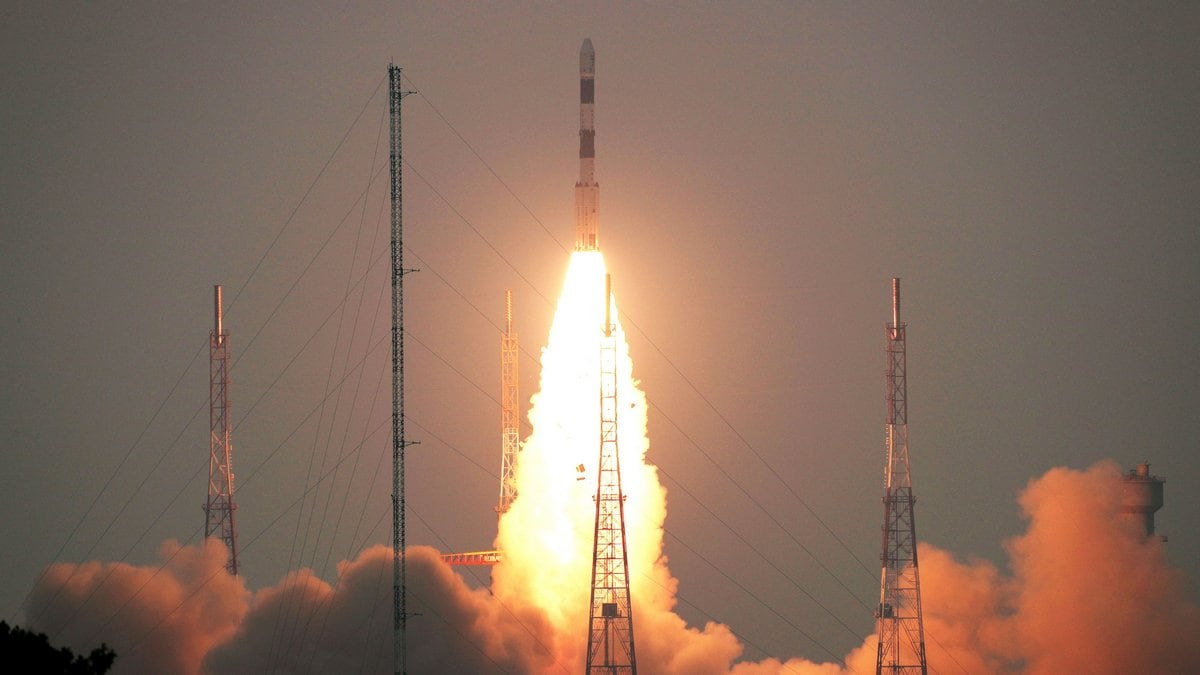ISRO Launches New Earth Observation Satellite, Nine Other Satellite Onboard PSLV C-49