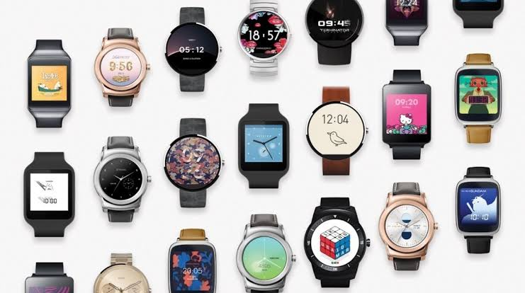These Smart Bands & Watches Will be the Perfect Gift for you this new Year Under 5000