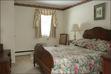Room 7 The Inn at Mount Snow