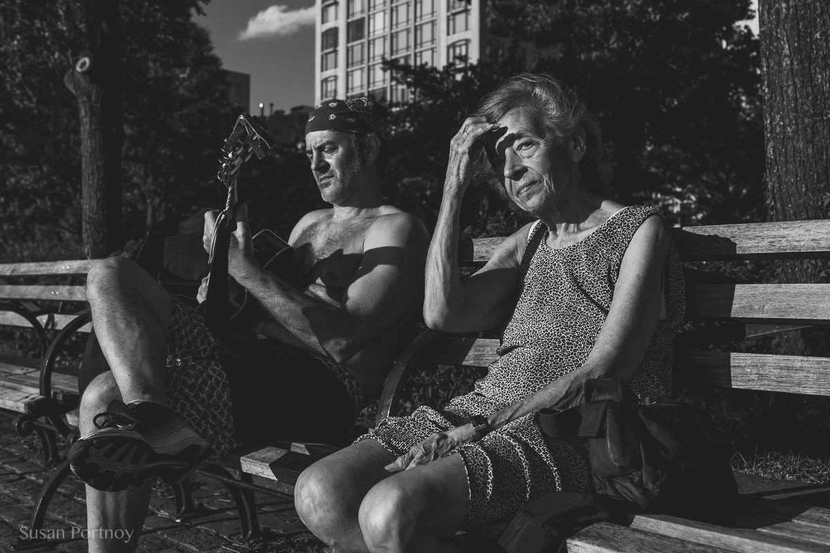 Man and woman sitting on a bench - Peter Turnley Street Photography Workshop