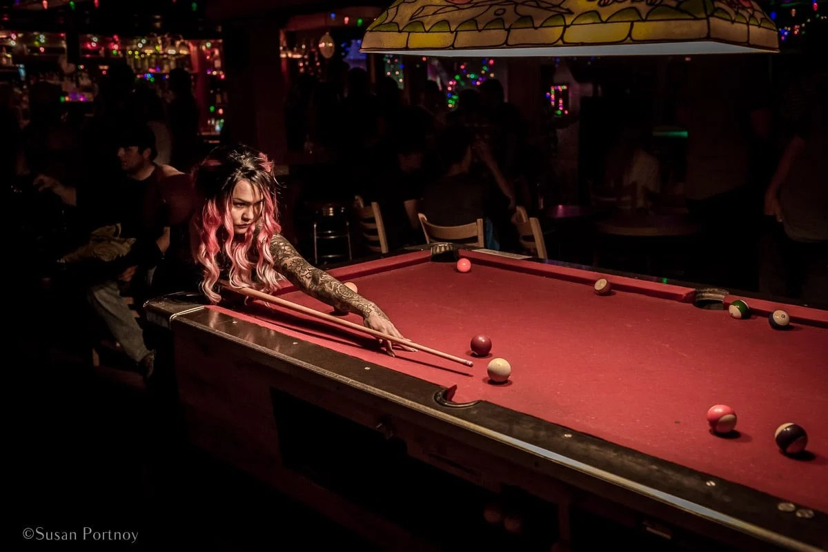 Female pool player at the Pit in Dawson City | Insatiable Traveler Year -end review 2017-Yukon_2017-948801