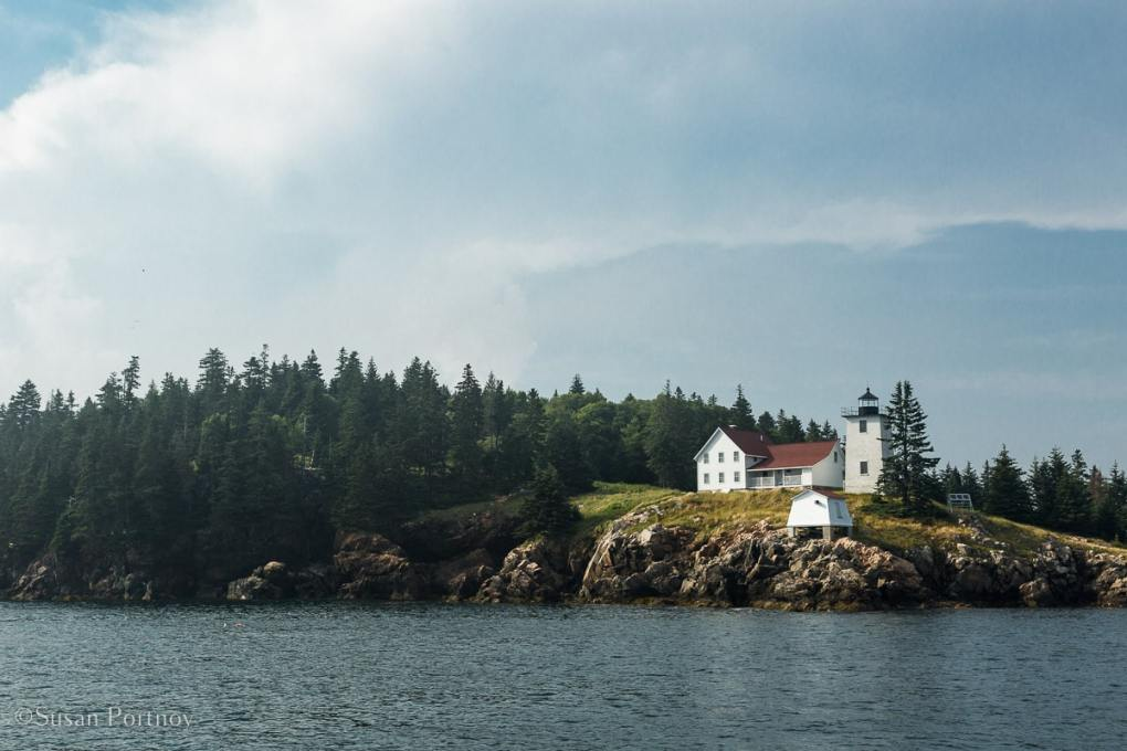 Swans Island Lighthouse - Windjammer cruise in Maine-572220180703