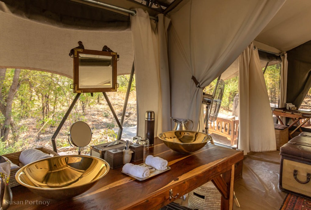 Double basin in the family tent at Selinda Explorers Camp