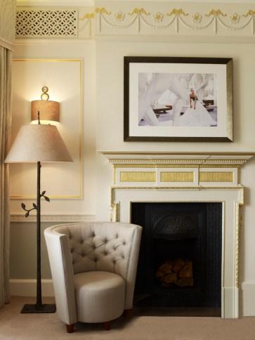 407_bedroom_fireplace_303