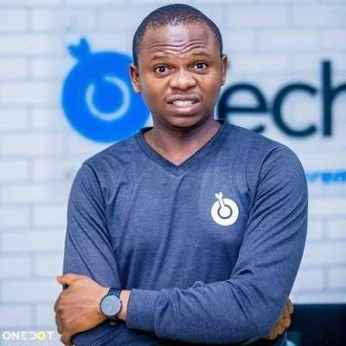 Meet Adewale Yusuf, the Founder of Techpoint using Photography to tell Tech Stories