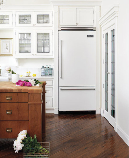 White Kitchen White Appliances