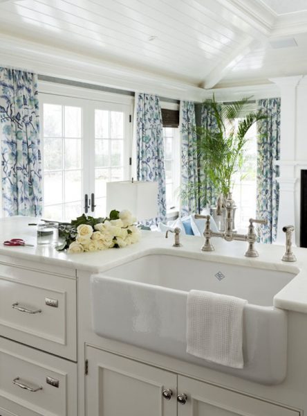 Farmhouse Sink - Kitchen Design by Tiffany Eastman Interiors