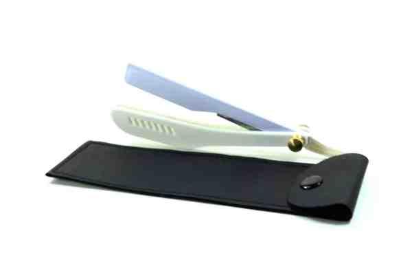shaving razo white3.1