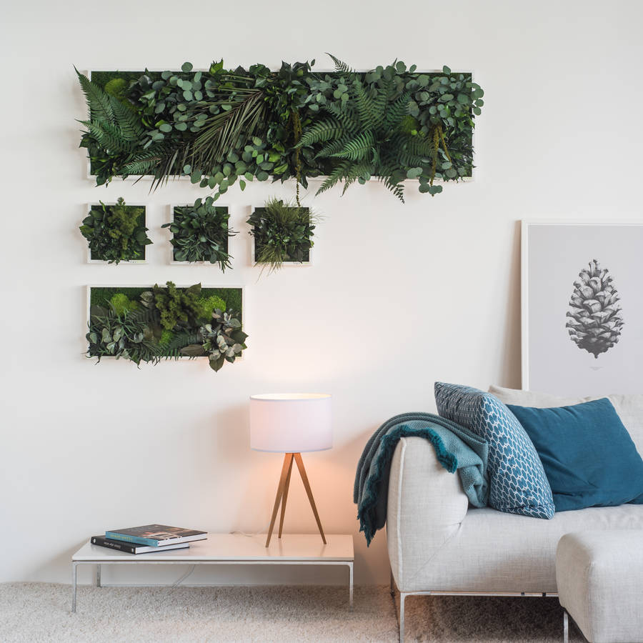 ADD TEXTURE TO YOUR WALLS WITH DECORATIVE WALL HANGINGS | These planted islands by Grattify are perfect for transitional or awkward areas in your homes by adding a 3d quality to your walls.