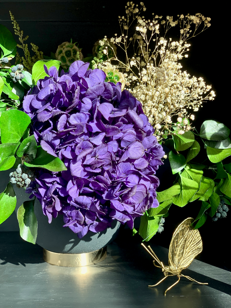 Shida Preserved Flowers Sustainable Longlasting Home Decor | Agatha bouquet of preserved hydrangea and foliage. Last up to a year with no water needed. Displayed in AYTM Globe Flower Pot - Amara  &  A Simple Mess Lunel Butterfly Ornament - Amara Living