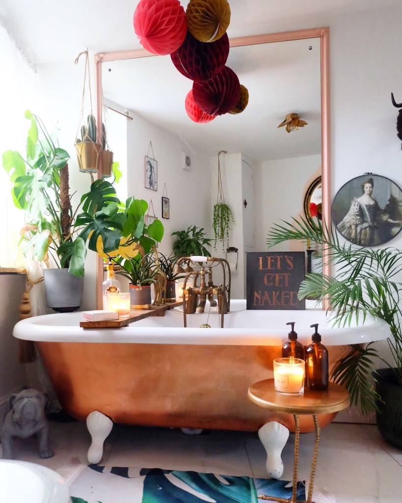 The Creative Eclectic Home of Gold Leaf Queen - Lara Bezzina - copper leaf salvaged roll top bath