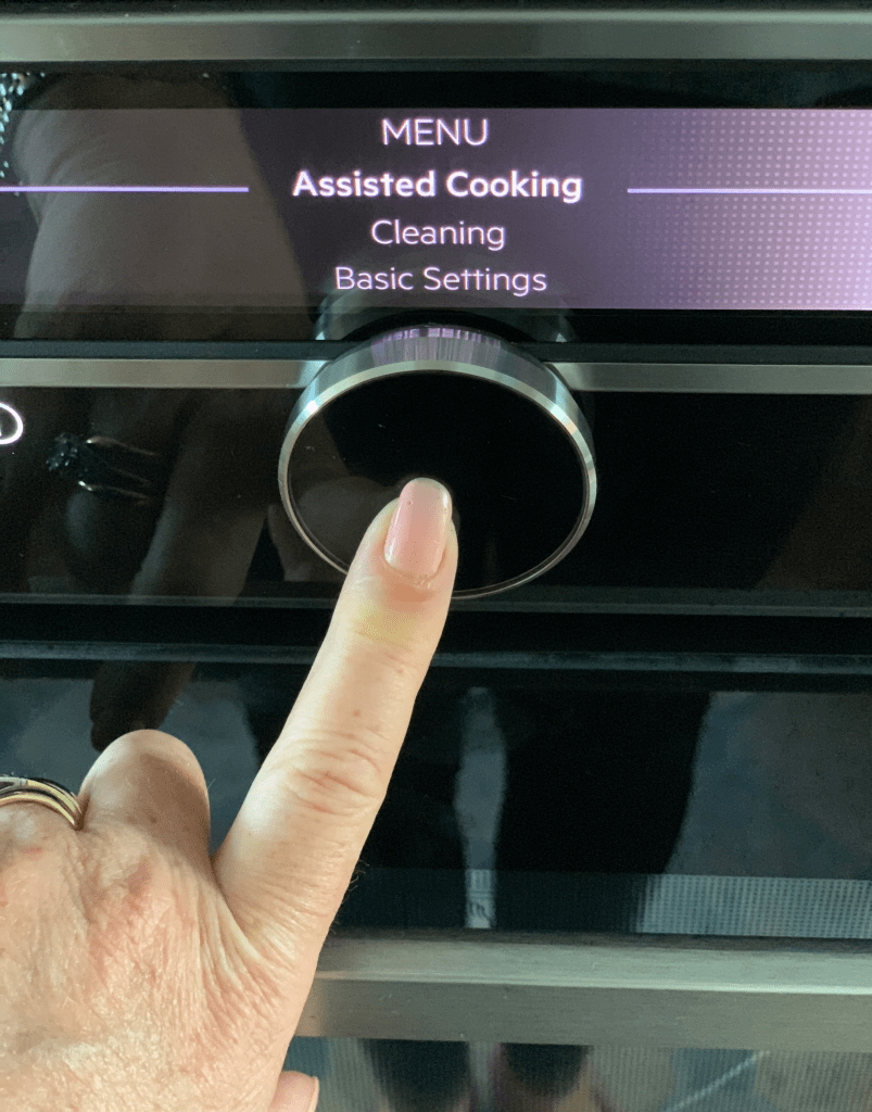 AEG Mastery Oven - A Review with Appliances Online Assisted Cooking feature