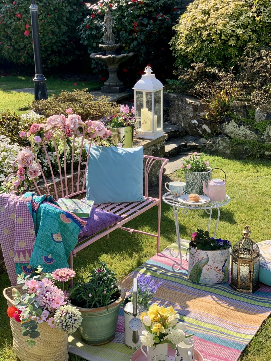 Easy Styling Tips For Your Garden Seating Areas