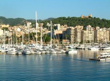 The elegant Palma marina