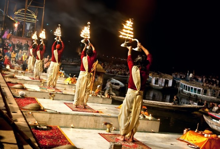Participate in the Arti Ceremony (collective prayer) and watch the floating Diyas (lamps) on the river Ganges, where the Ghats and temples are lit with oil-lamp lights or candles.