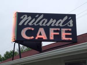 Time to unwind at Niland's Cafe and get the skinny on the motel next door.  https://www.facebook.com/pages/Nilands-Cafe/115980305097923?fref=ts