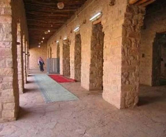 Mosque by umar RA (4)