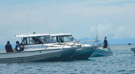 Joint police and fisheries operation releases 20 dolphins