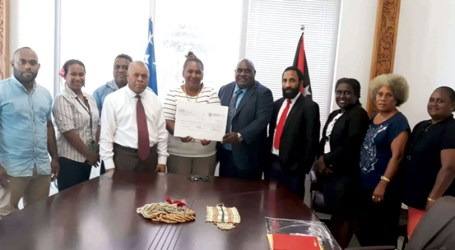 South Bougainville donates to NRH cause