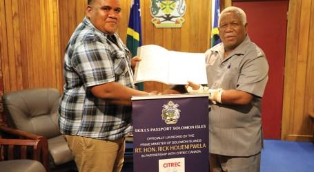 PM congratulates first recipient of Skills Passport Programme