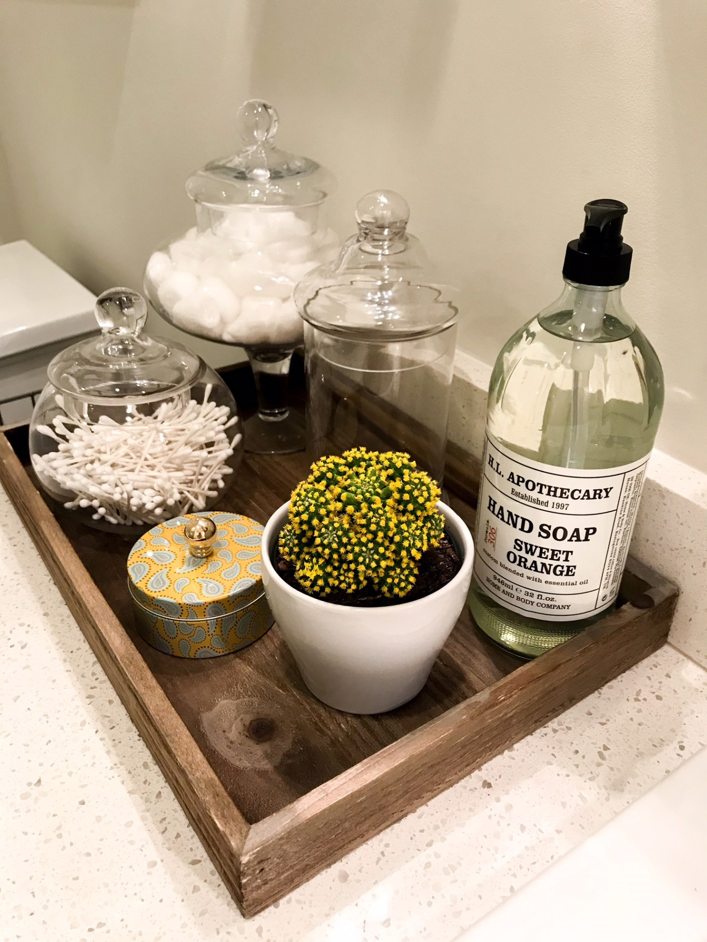 bathroom-decor-design-accessories
