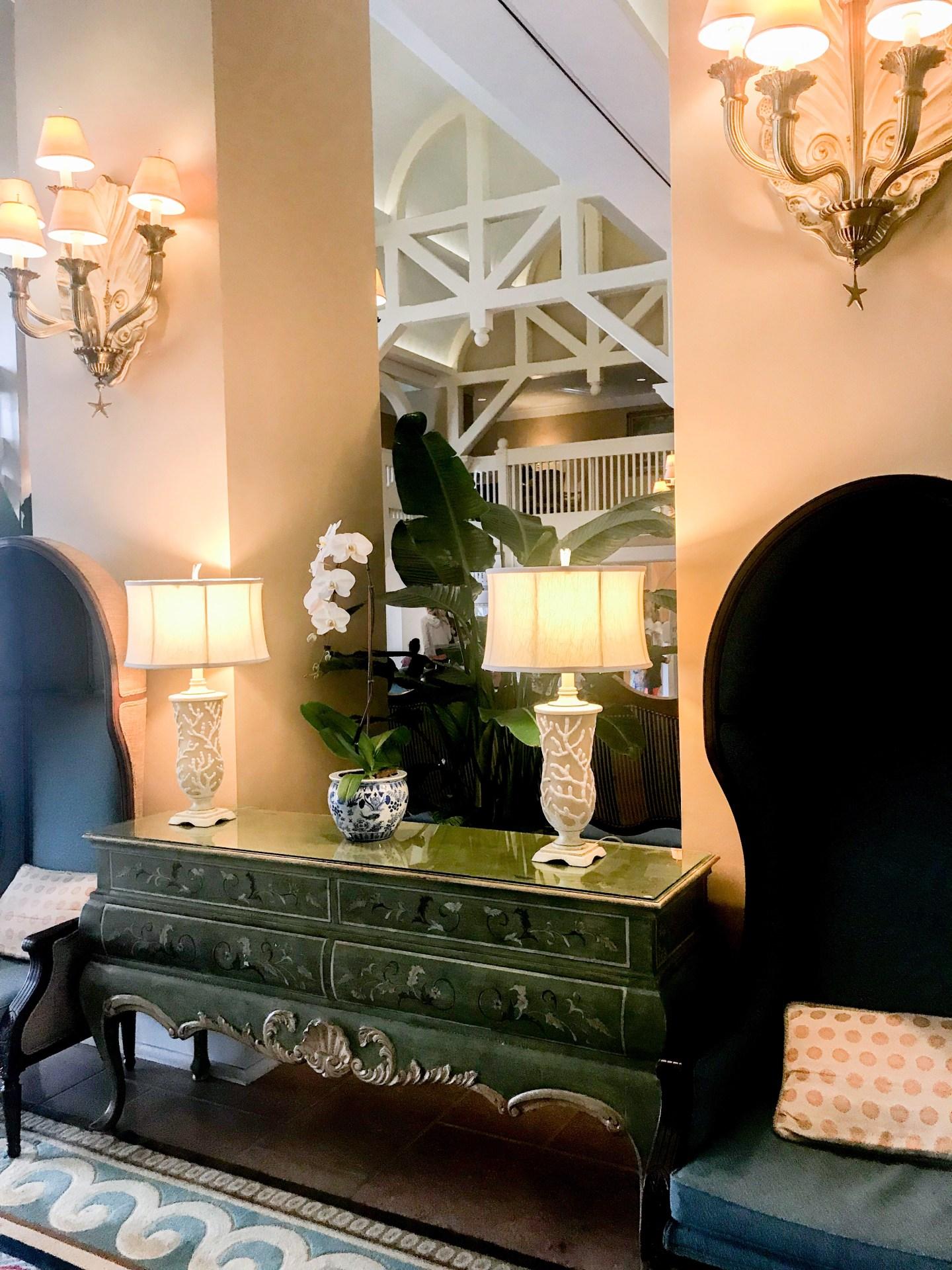 disney-beach-club-lobby-lamps-sconces-decor
