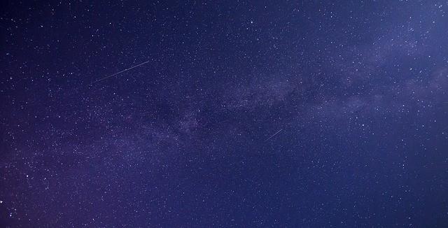 meteor-1869692_640