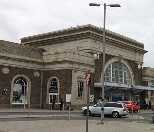 train station John Horton (2)