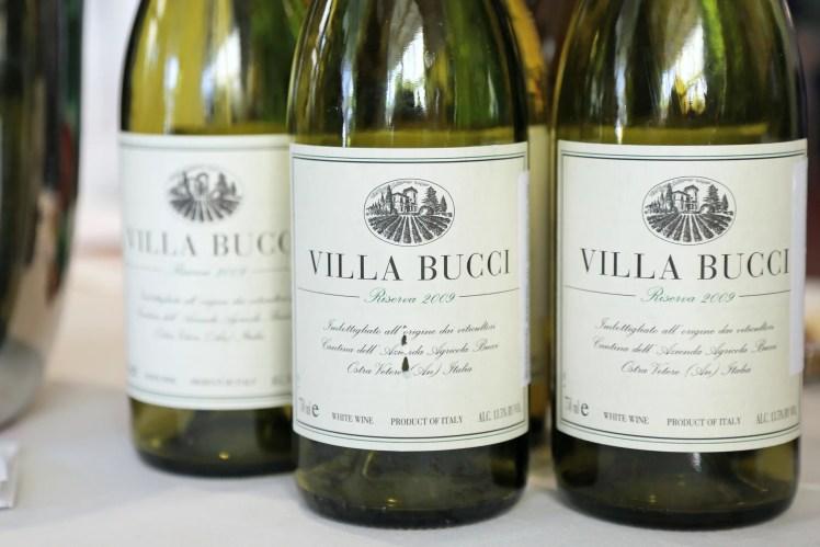 2009-Bucci-Verdicchio-dei-Castelli-di-Jesi-Classico-Villa-Bucci-Riserva