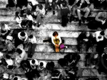 alone-in-a-crowd