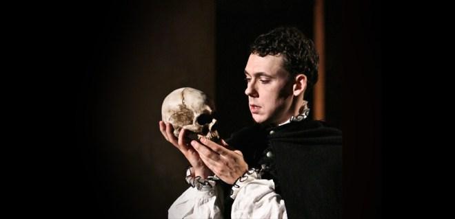 Hamlet-wSkull-2