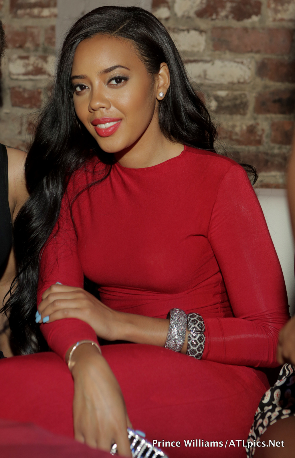 Photos Angela Simmons Hits ATL Club Scene In Show