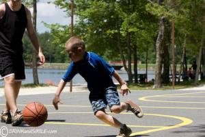 W playing basketball