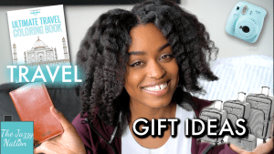 30 Gift Ideas for People Who Love to Travel